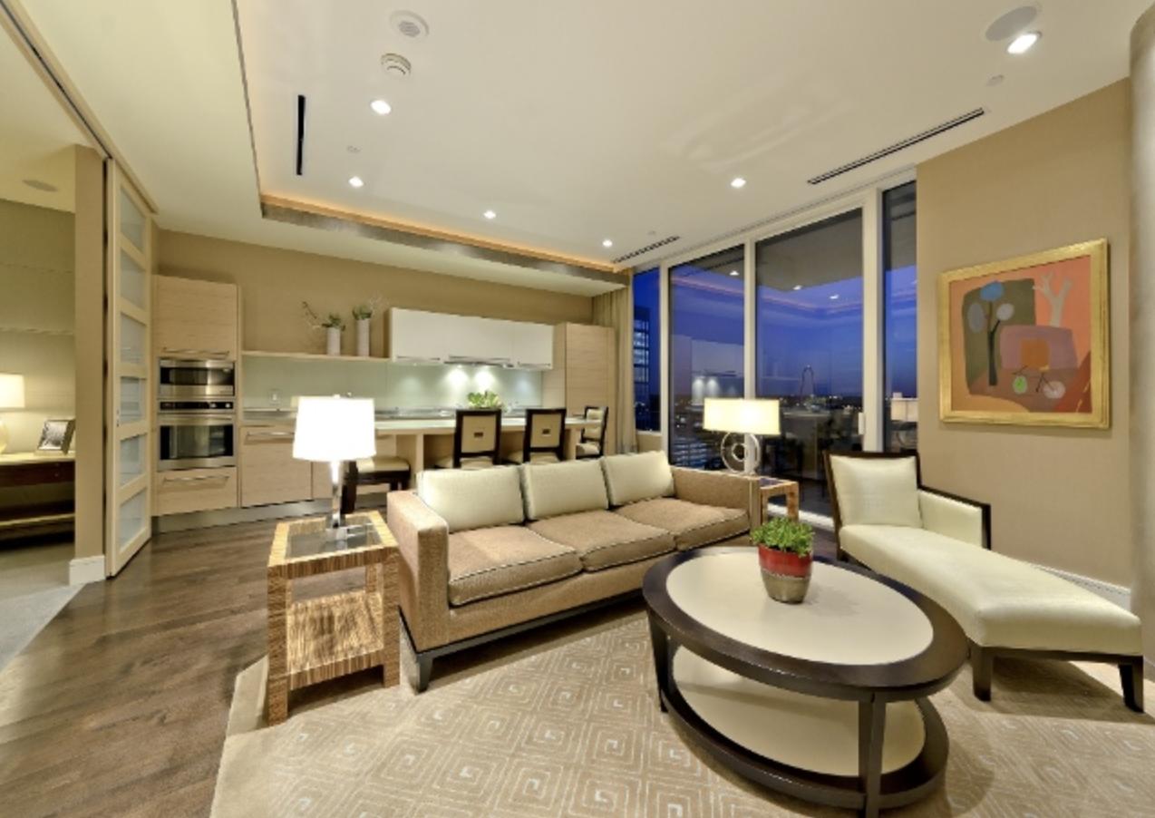 Penthouse Apartment, Dallas, Texas
