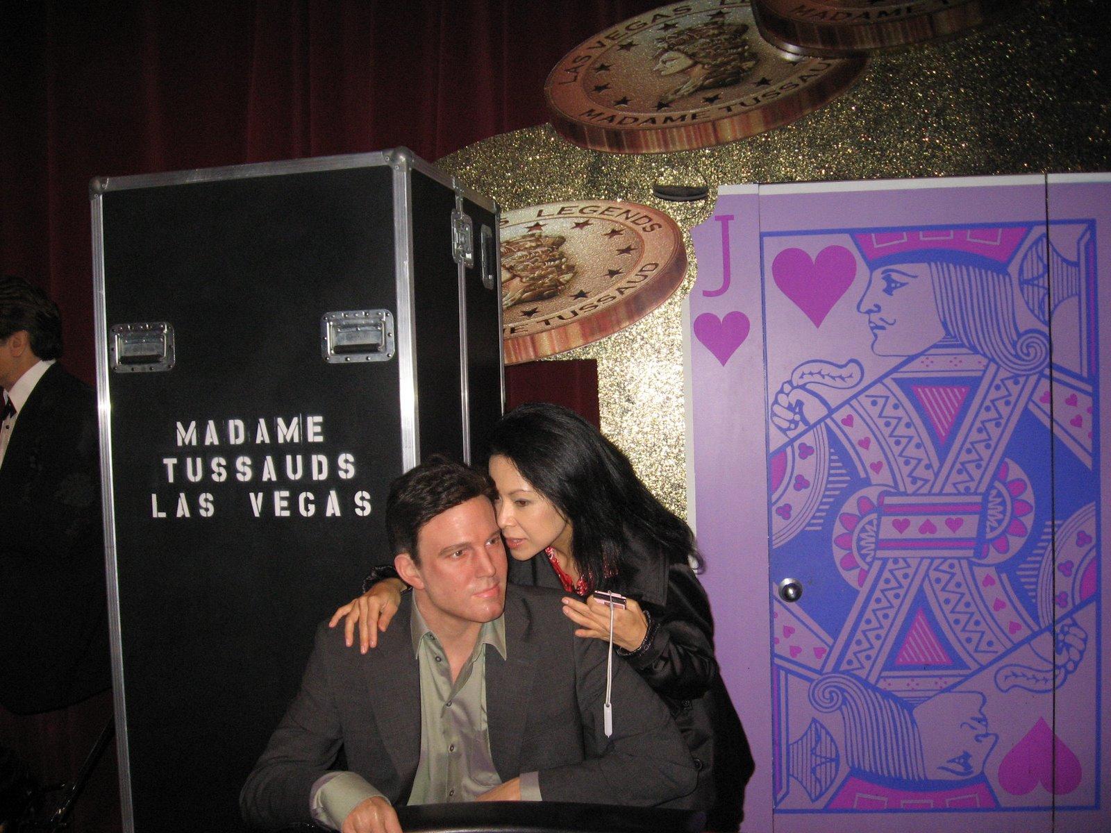 Whispering some poker pointers to Ben Affleck in Vegas