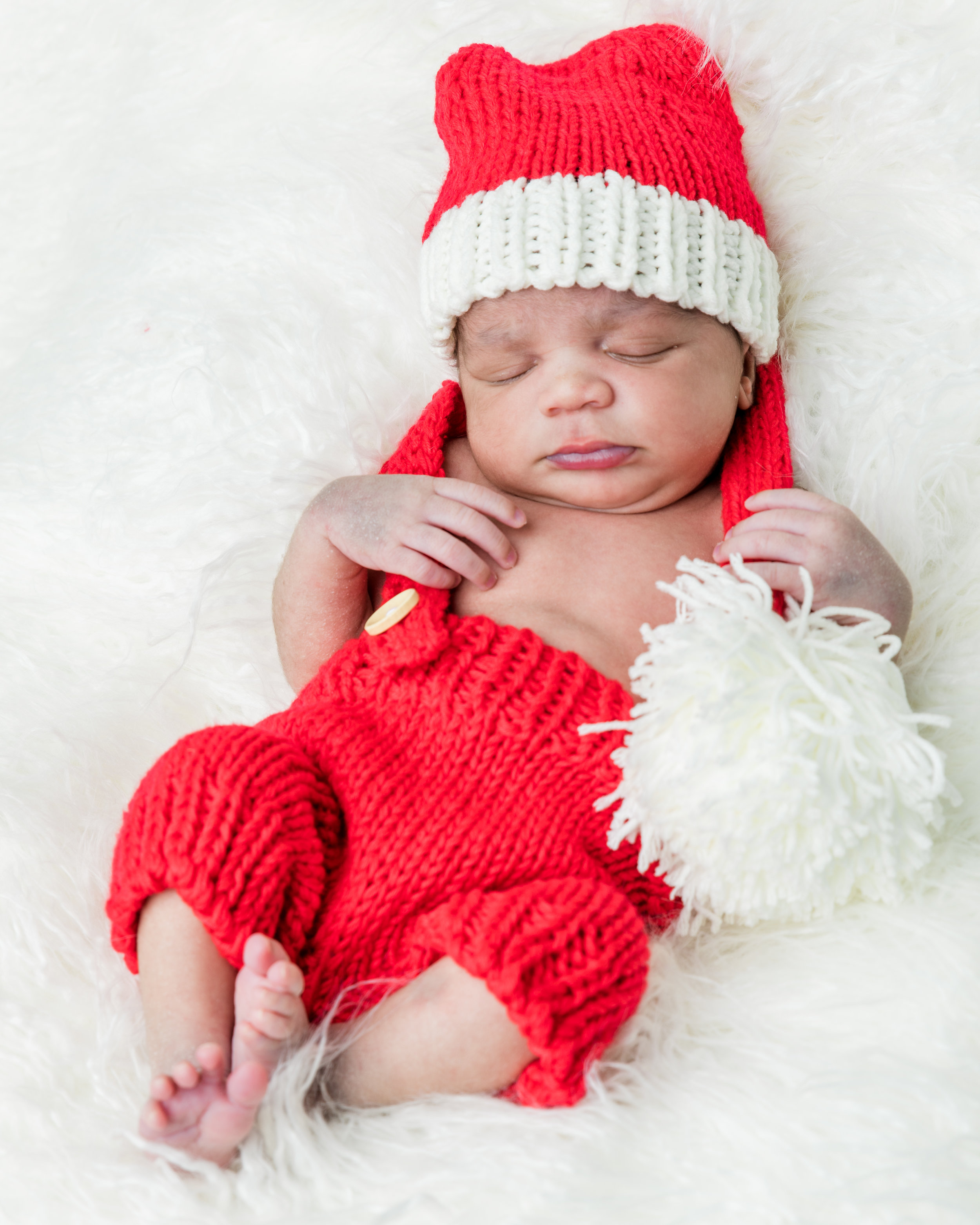 2017_December_02-Walls_Newborn_and_Family_Shoot-43564.jpg