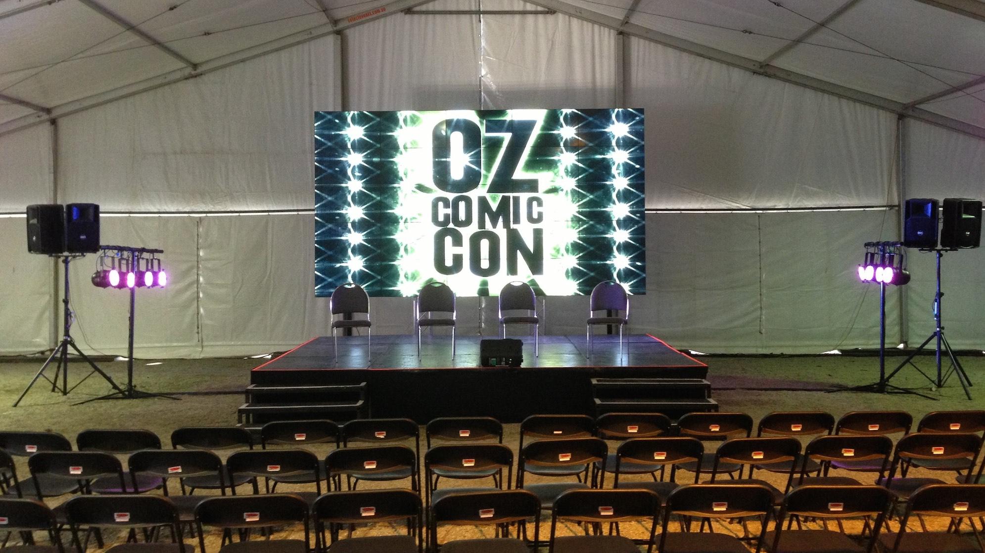 OzComicCon 16-9.jpg