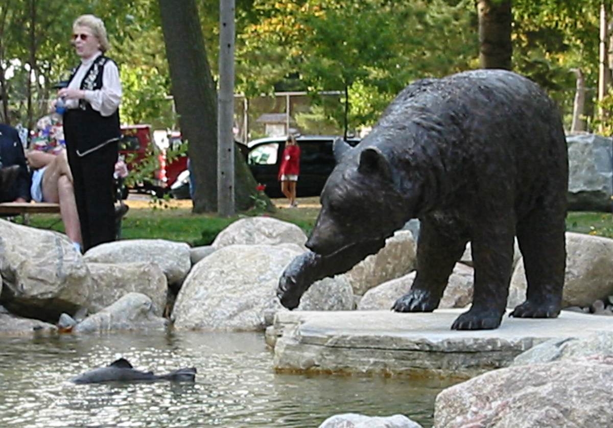 bronze bear & fish.jpg