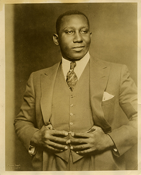 Portrait of Julius Bledsoe.    Courtesy of the Texas State Library and Archives Commission.