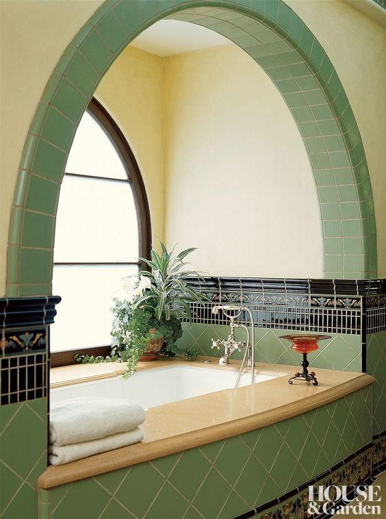 LA bathrom.jpg