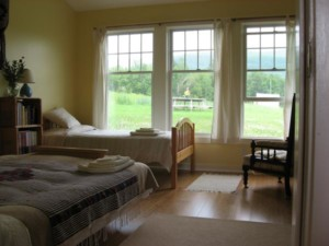 Accommodations-Mountain-Room-Web-300x225.jpg