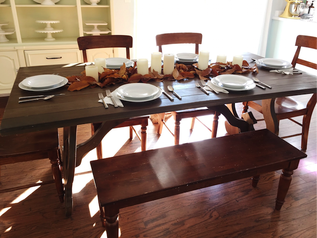 Thanksgiving_Table-7.png
