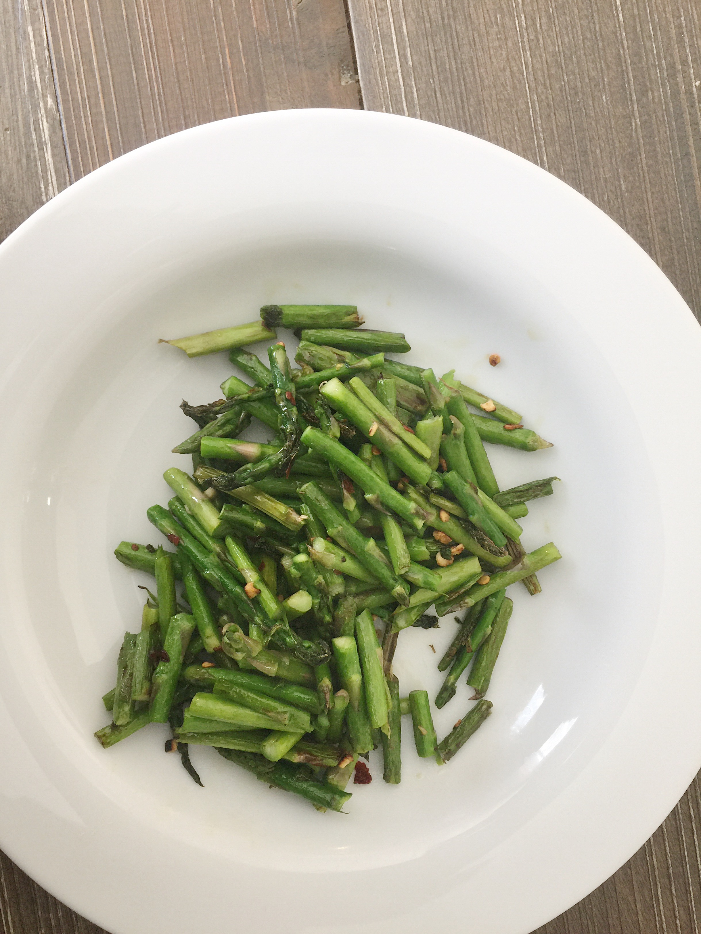 spicy_sauteed_asparagus-2.png