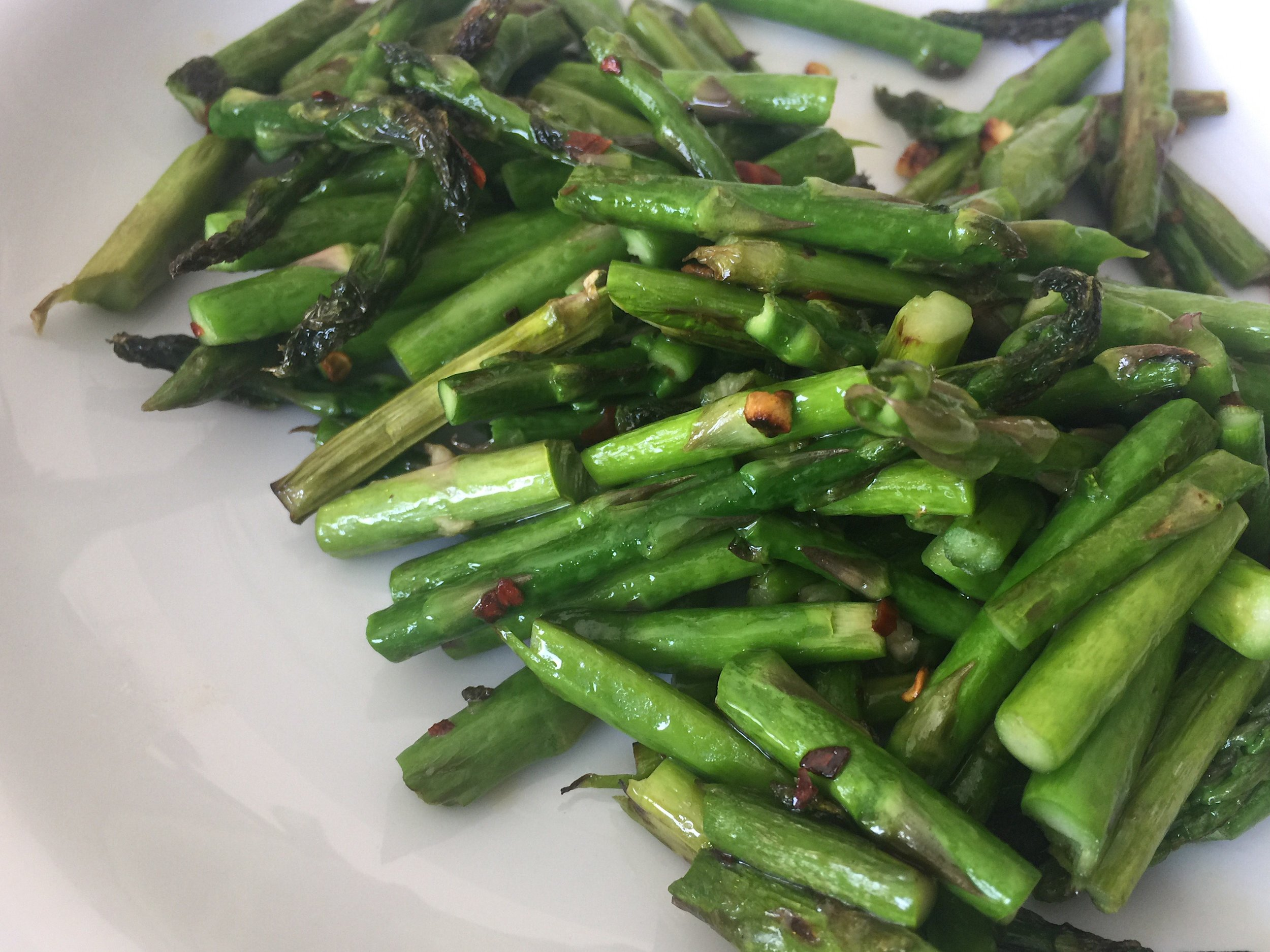 spicy_sauteed_asparagus-3.png
