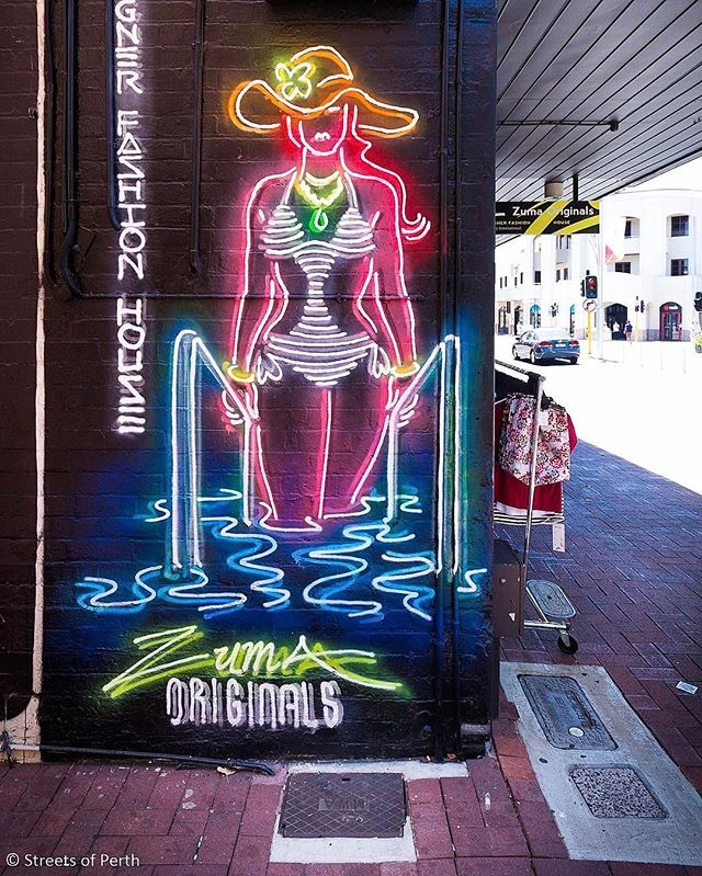Here's another awesome @muralist piece in his signature neon style. It was painted in November and you'll find it on the side of @zuma_originals in Subiaco. #streetsofperth #subiaco #zumaoriginals #straker #muralist #mural #neon #streetart #perthstreetart #myperth #soperth #perthlife #perthisok #graffiti