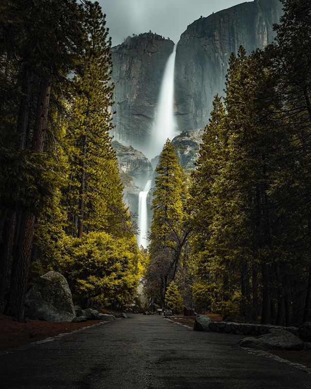 In California, the destination is always worth it.⠀⠀⠀⠀⠀⠀⠀⠀⠀ 📸: @jschwap_24⠀⠀⠀⠀⠀⠀⠀⠀⠀ #adventure #rawcalifornia #california ⠀⠀⠀⠀⠀⠀⠀⠀⠀ #love #yosemite #waterfall