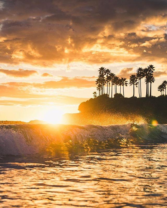Surf check⠀⠀⠀⠀⠀⠀⠀⠀⠀ 📸: @erubes1⠀⠀⠀⠀⠀⠀⠀⠀⠀ #adventure #rawcalifornia #california ⠀⠀⠀⠀⠀⠀⠀⠀⠀ #love #lagunabeach