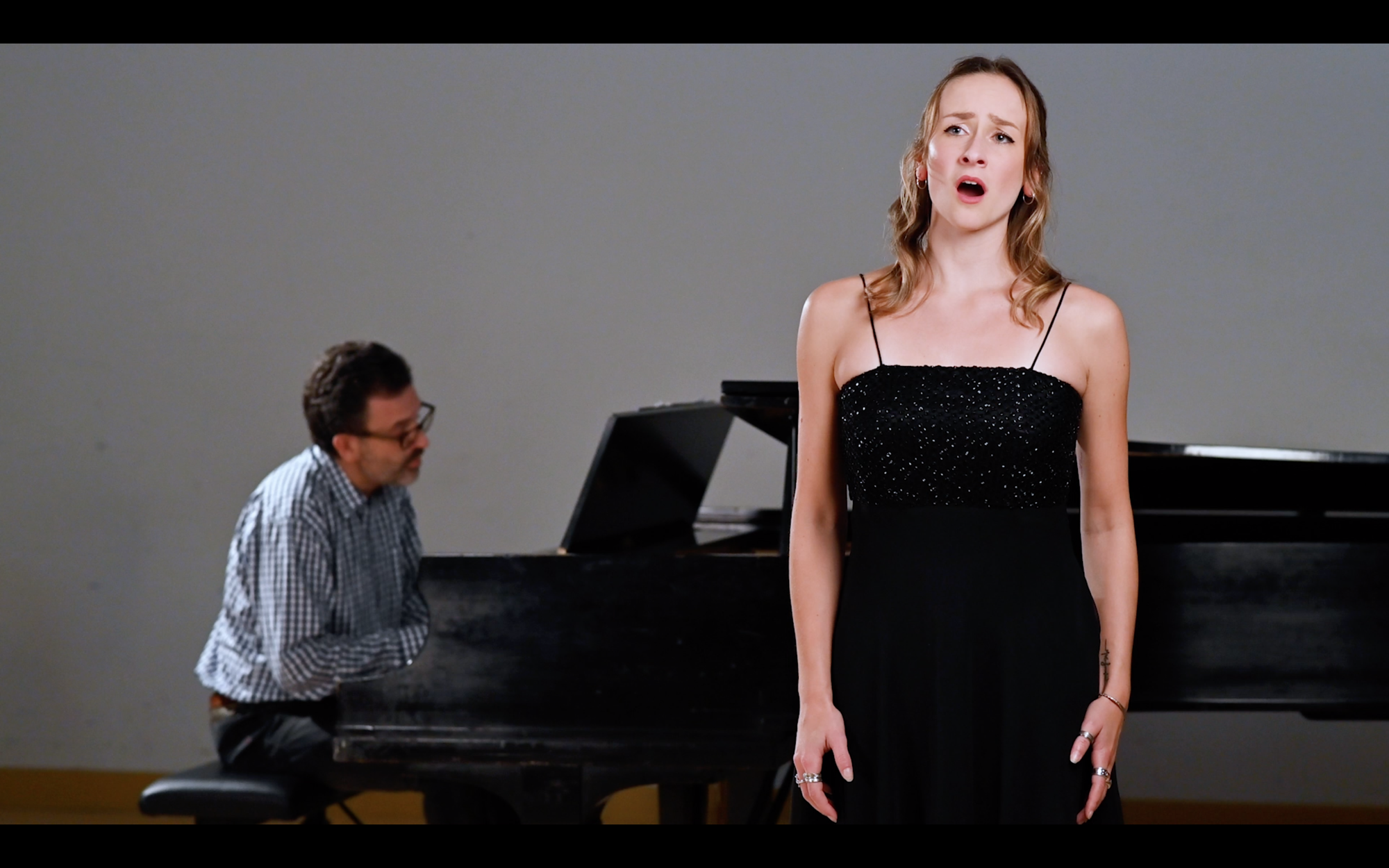 "Rachel Guertin - Lambertson singing ""Die Nacht"" by Strauss"