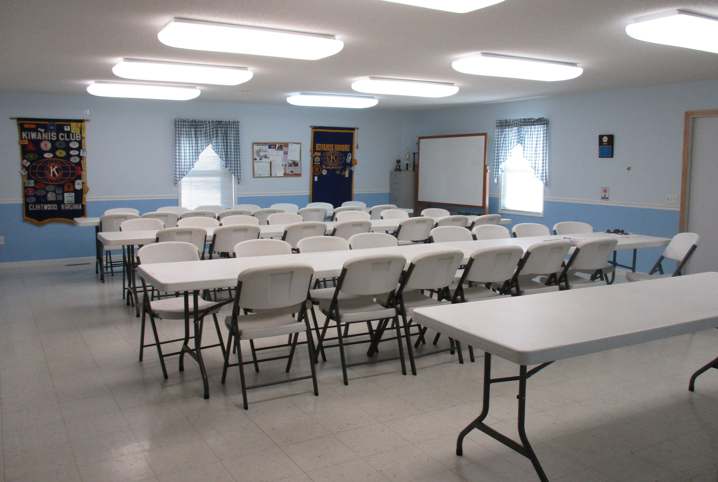 Kiwanis Bldg Meeting Area.jpg