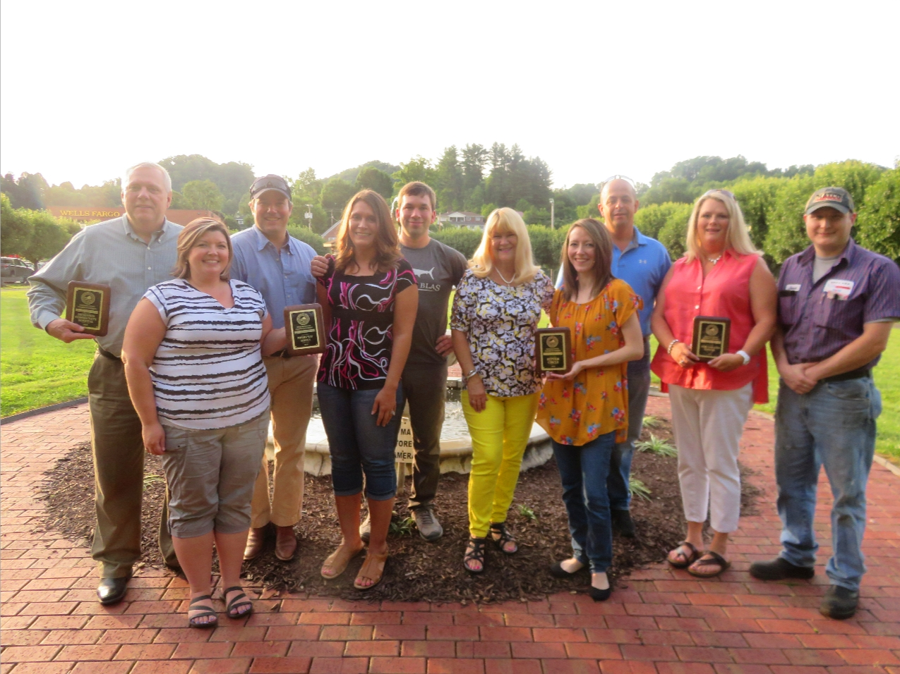 Chamber President/CEO Rita Surratt, center with winners of the Dickenson County Chamber of Commerce Businesses of the Year. From left: Mark Vanover – Dickenson Community Hospital, Heather & Josh Wright and Ben & Marsha Barton – Wright Way Service, Surratt, Brittany Bise – Ritter Circle, Inc., and Shelly & Jennifer Mullins and Jesse Crihfield, West End Auto.