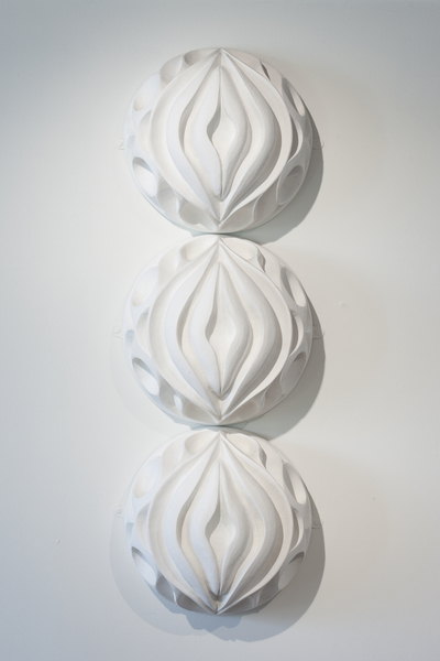Garland 2012, 12inch D, Hand carved  (1).jpg