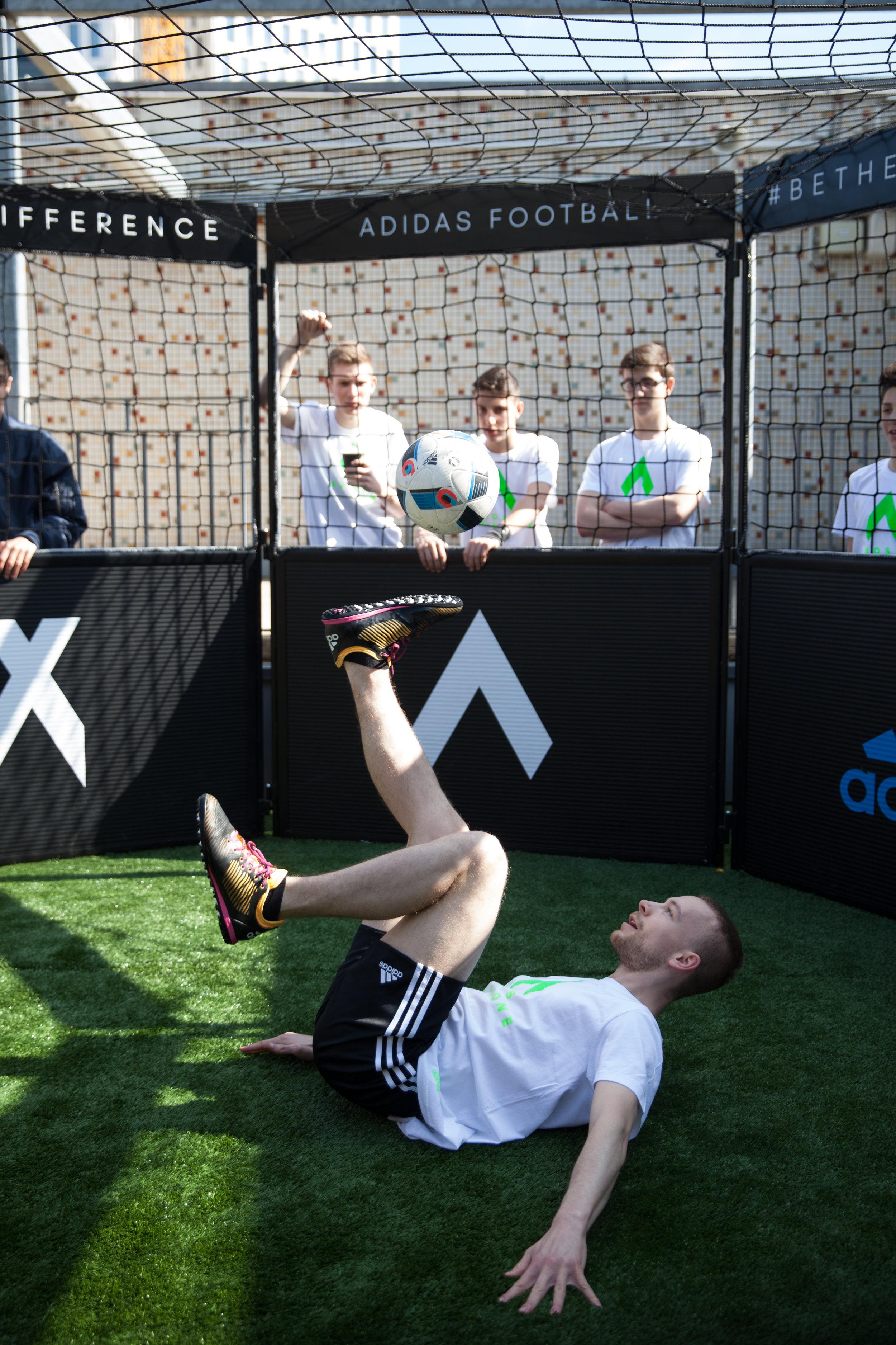 Karstadt Sports - Adidas - Solestall