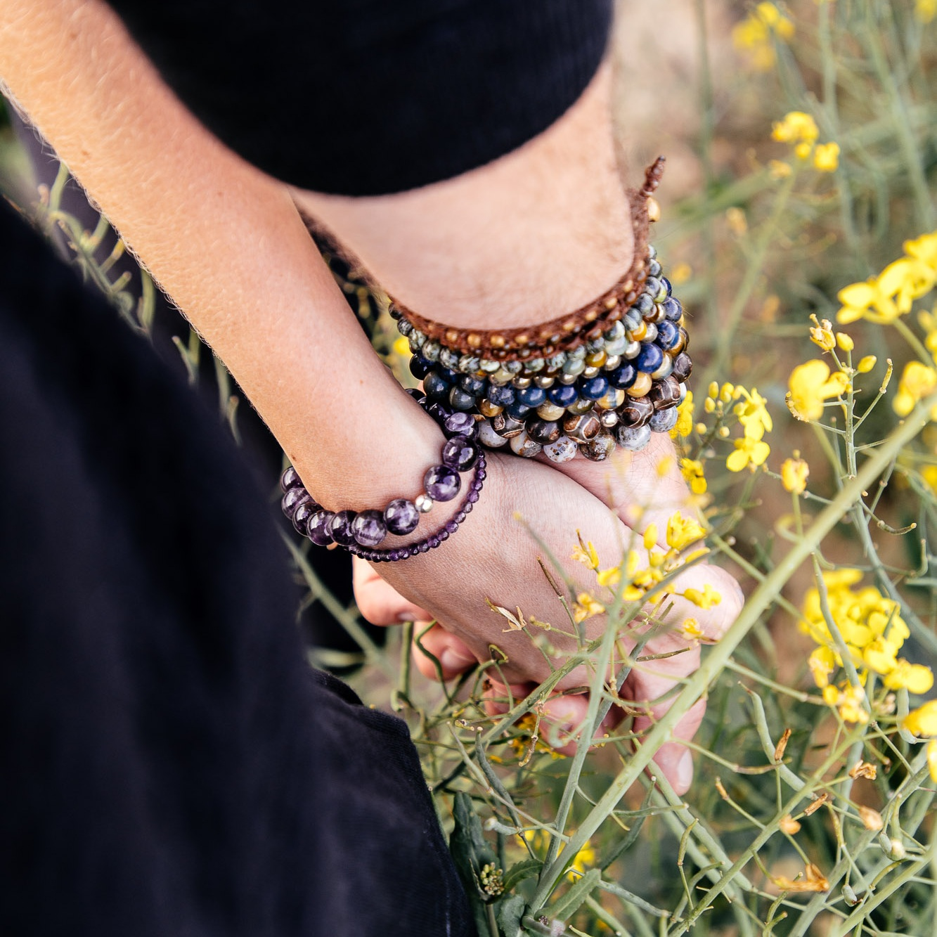 Notre collection de bracelets a pour but d'offrir la possibilité de porter des cristaux en toute circonstance. -