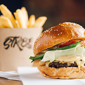 STKBB | The Grosvenor Burger, beef, streaky bacon, shed sauce, lettuce, tomato, pickles