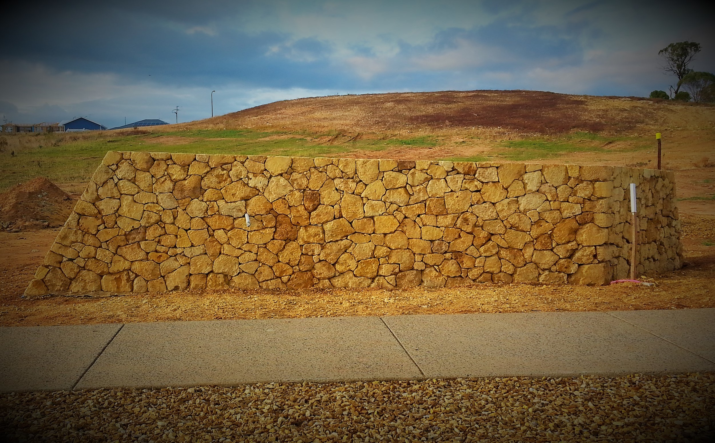 Modern Dry Stone Entry Wall