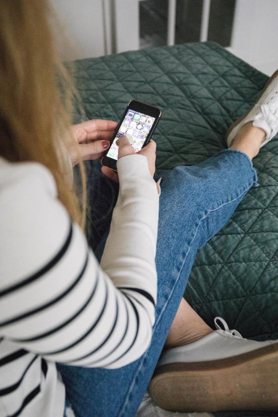Taking a Digital Detox (Oakmoss Collective)