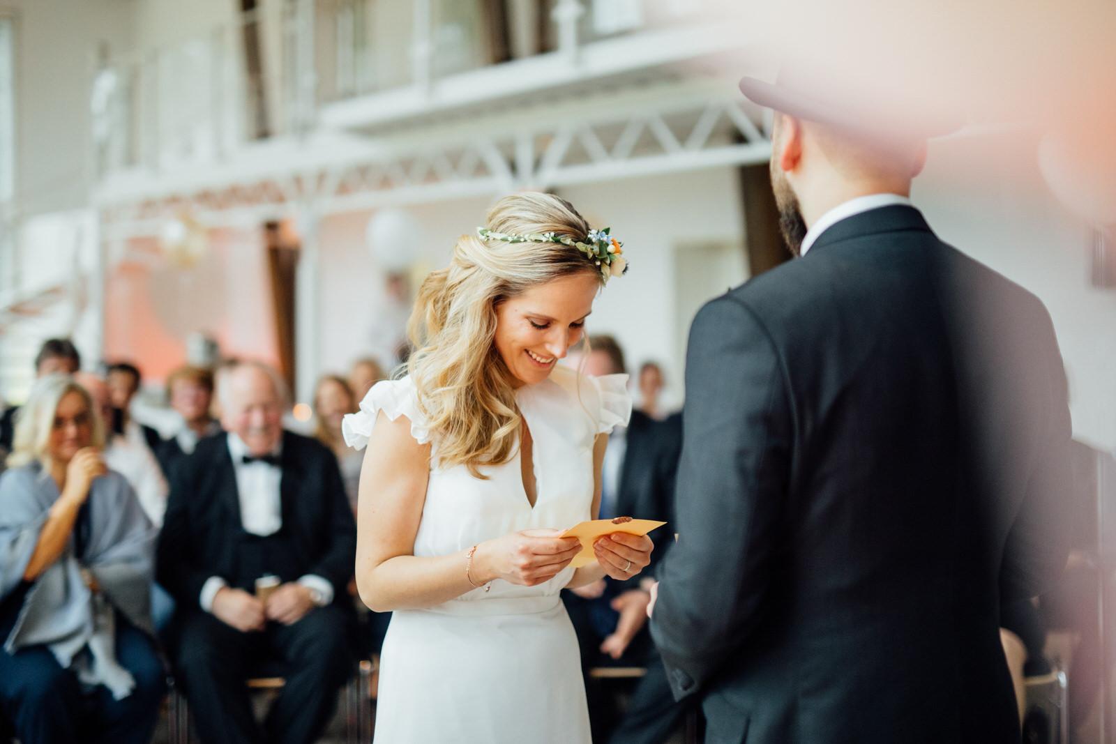 Hochzeitsfotograf_Rödental_Alte_Mühle_Alte_Orangerie_Schloss_Rosenau_100227232.JPG