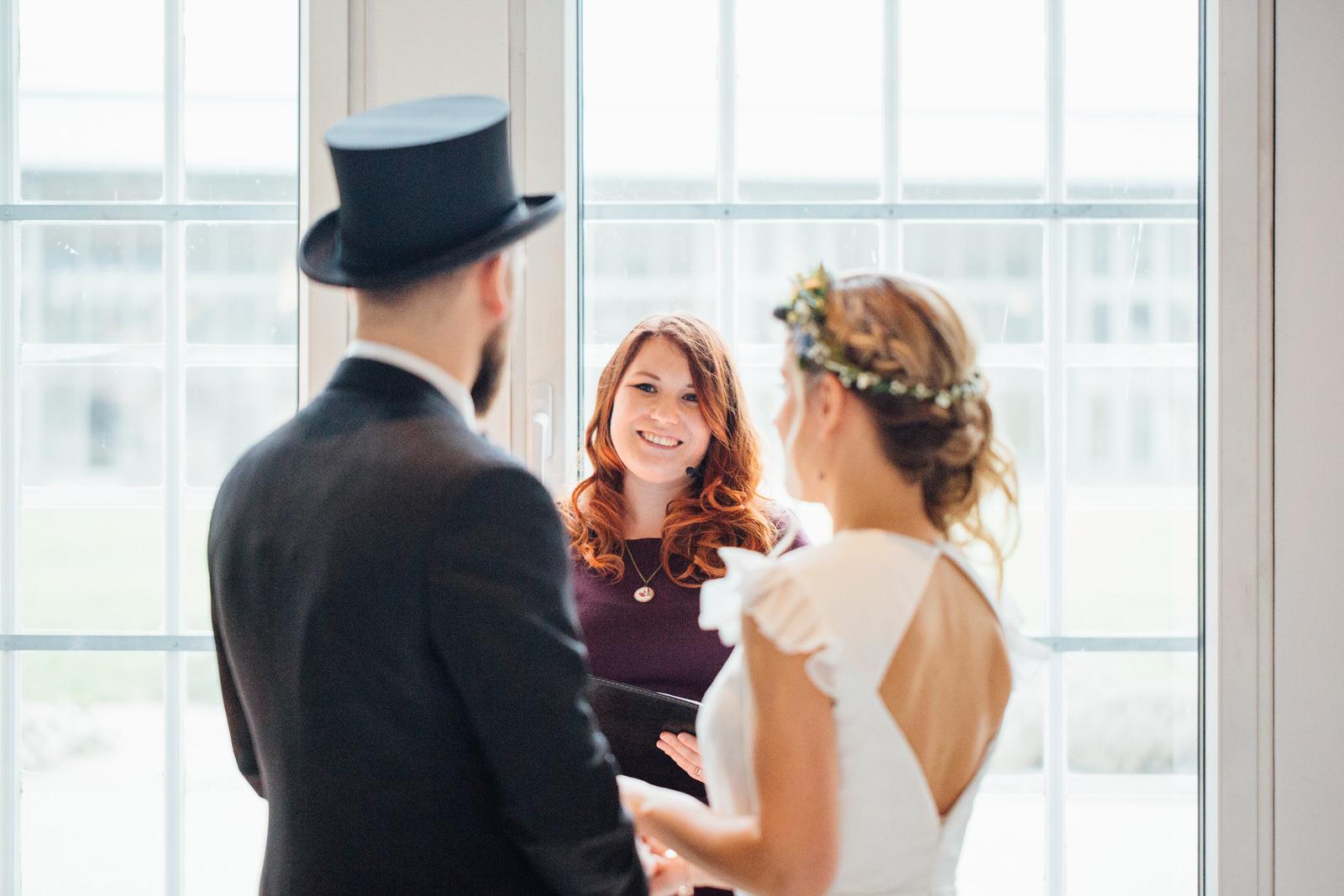 Hochzeitsfotograf_Rödental_Alte_Mühle_Alte_Orangerie_Schloss_Rosenau_100227236.JPG