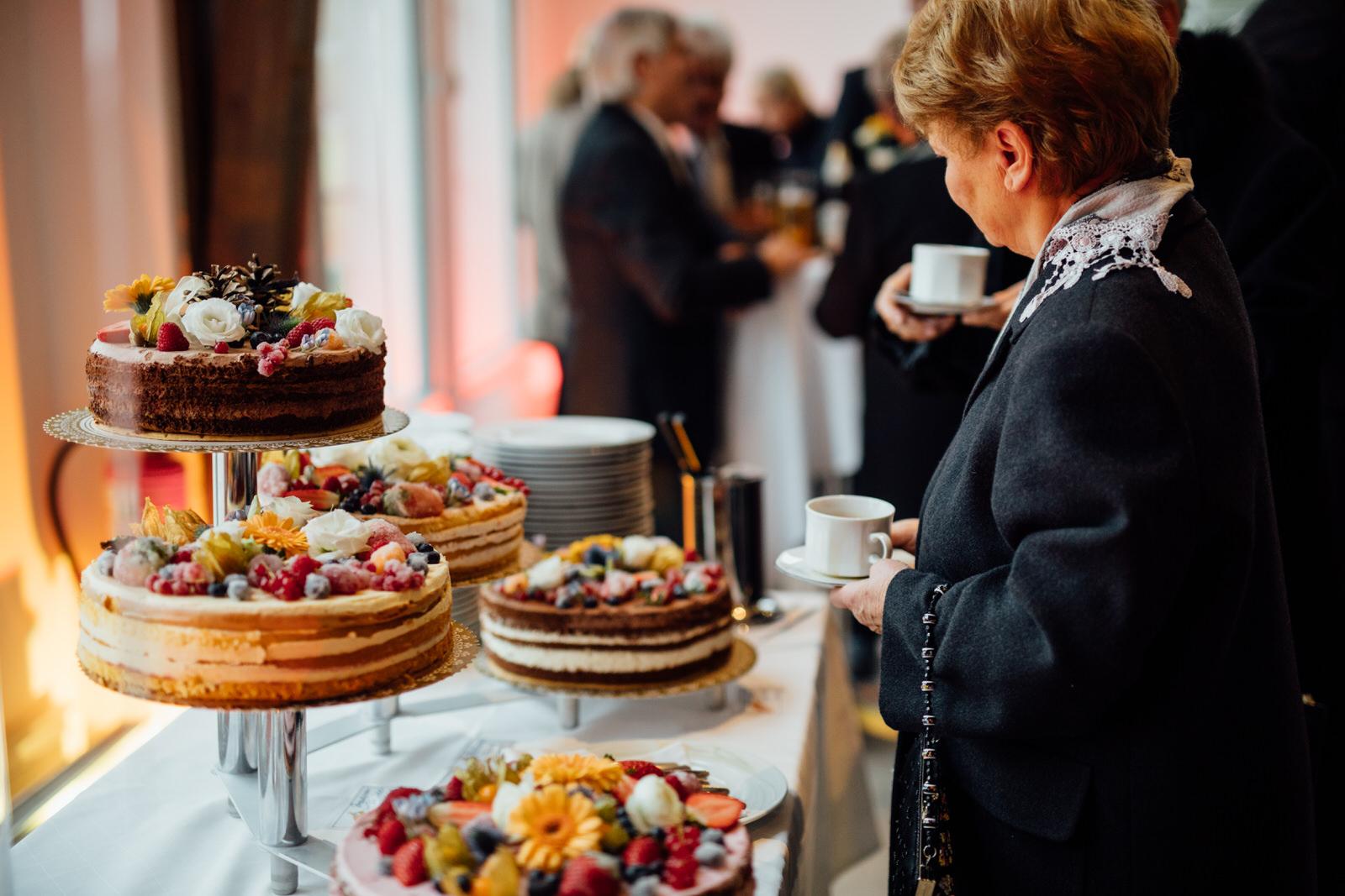 Hochzeitsfotograf_Rödental_Alte_Mühle_Alte_Orangerie_Schloss_Rosenau_100227255.JPG