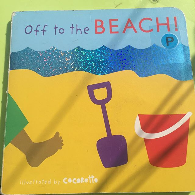 ☀️Who is off to the beach?☀️ This board book is a unique collaboration between @booktrust and  @childsplaybooks  Each page is interactive, the sand texture along the bottom of each page is perfect for children to follow.  These books were designed for every child 👍  They were developed in consultation with families and organisations working with blind and partially sighted children. #readingchampion #inclusiveboardbooks #sensorybooks #interactivebooks