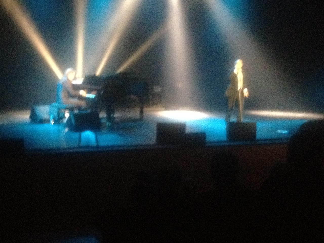 Michel-Jonasz-Théâtre-Dole-Location-Backline-Music-Boutic-Location-photo1.jpeg