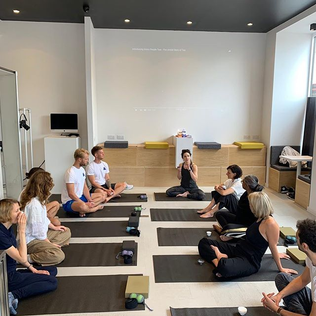 Had a splendid weekend teaching at @buzzbarco offering some compassion themed yoga; followed by a tea ceremony led by @grasspeopletree where we learned about their ancient techniques of tea production & drank some tea from a 🌱 that was over 1000 years old! Wow 😮  Also learned about supplements designed to support brain function from @MotionNutrition...on day 2 of taking them & feeling 👍🏽 To top it all off I went to visit a 2000+ year old tree in North London, that might actually pre date Roman Londinium & when Christ was alive! 🤯 -  Catch me at the following group classes this week:  Mon  1:15-2pm @embodyvauxhall 7:30-9pm @chroma.yoga  Tues 8-9am @moreyoga_ Stoke Newington 9:15-10:15am @moreyoga_ Stoke Newington 12:30-1:30pm @moreyoga_ Stoke Newington  Thurs 11:30-1:30pm @moreyoga_ Stoke Newington  Sun 5-6pm @moreyoga_ Haringey 6:15-7:15pm @moreyoga_ Haringey