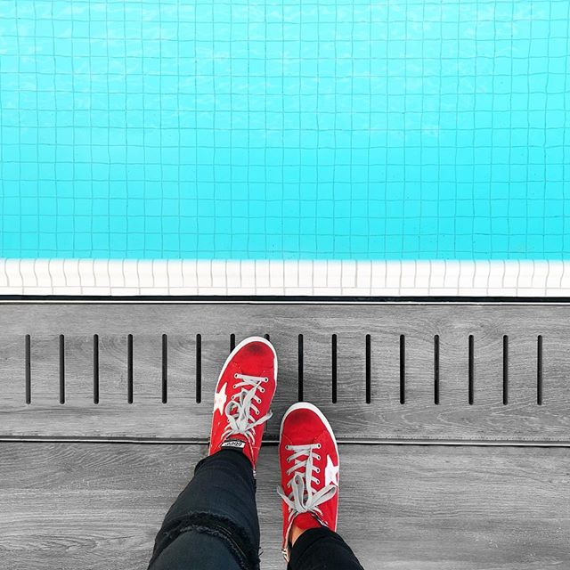Swimming pool goals & rock show ready attire @thewilliamvale. 🤘🏼 #latergram #arlenesgrocery #sparkstherescue #hightops #sneakers #brooklyn #bklyn #goldengoose #goldengoosedeluxebrand #red #pool #swimmingpool #nyc #thewilliamvale #williamvalehotel #fromwhereistand