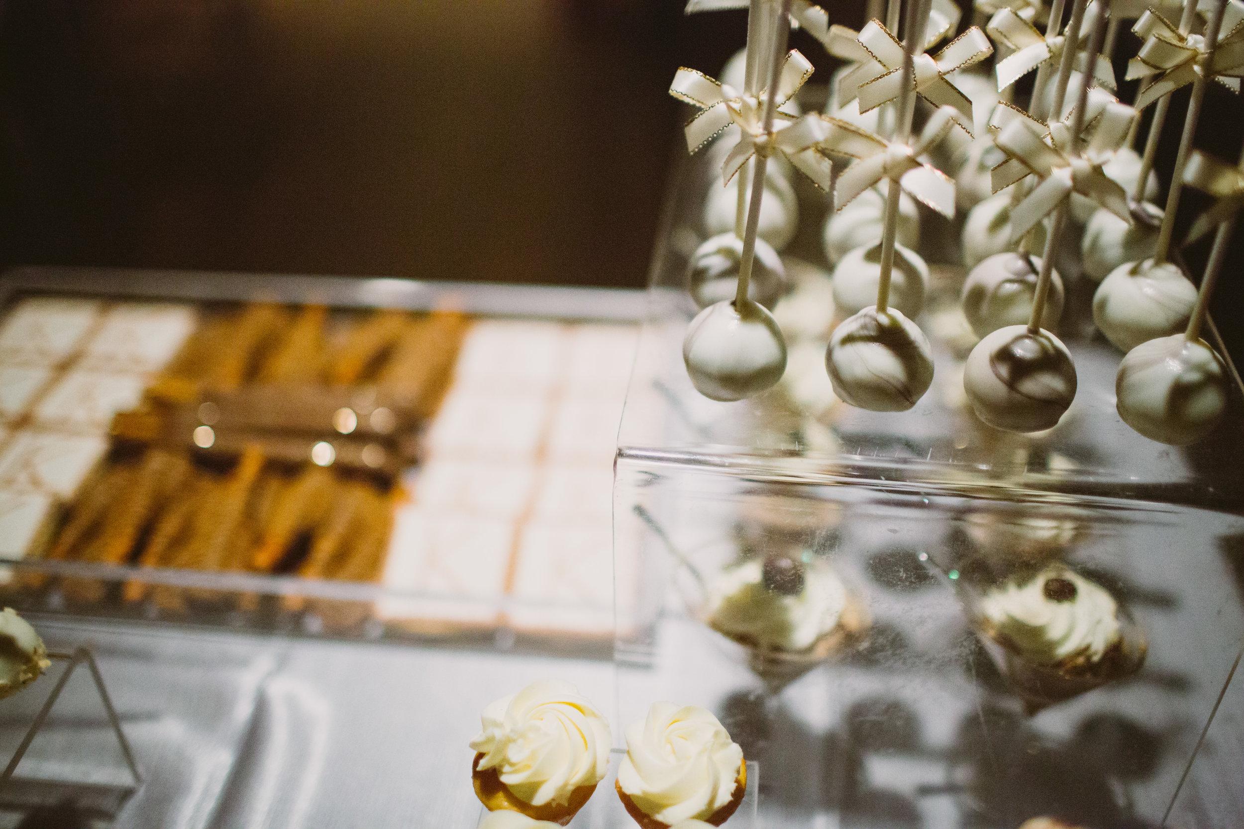 Wedding Dessert Monogram