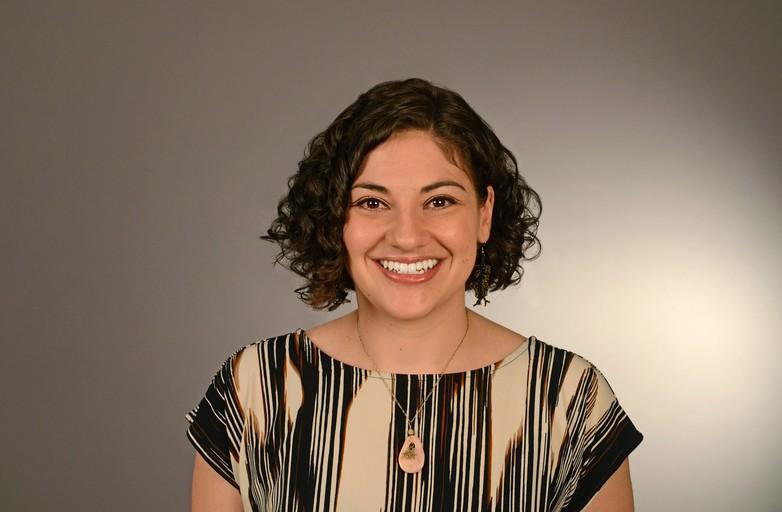 Nicole Cushman - headshot SM.jpg