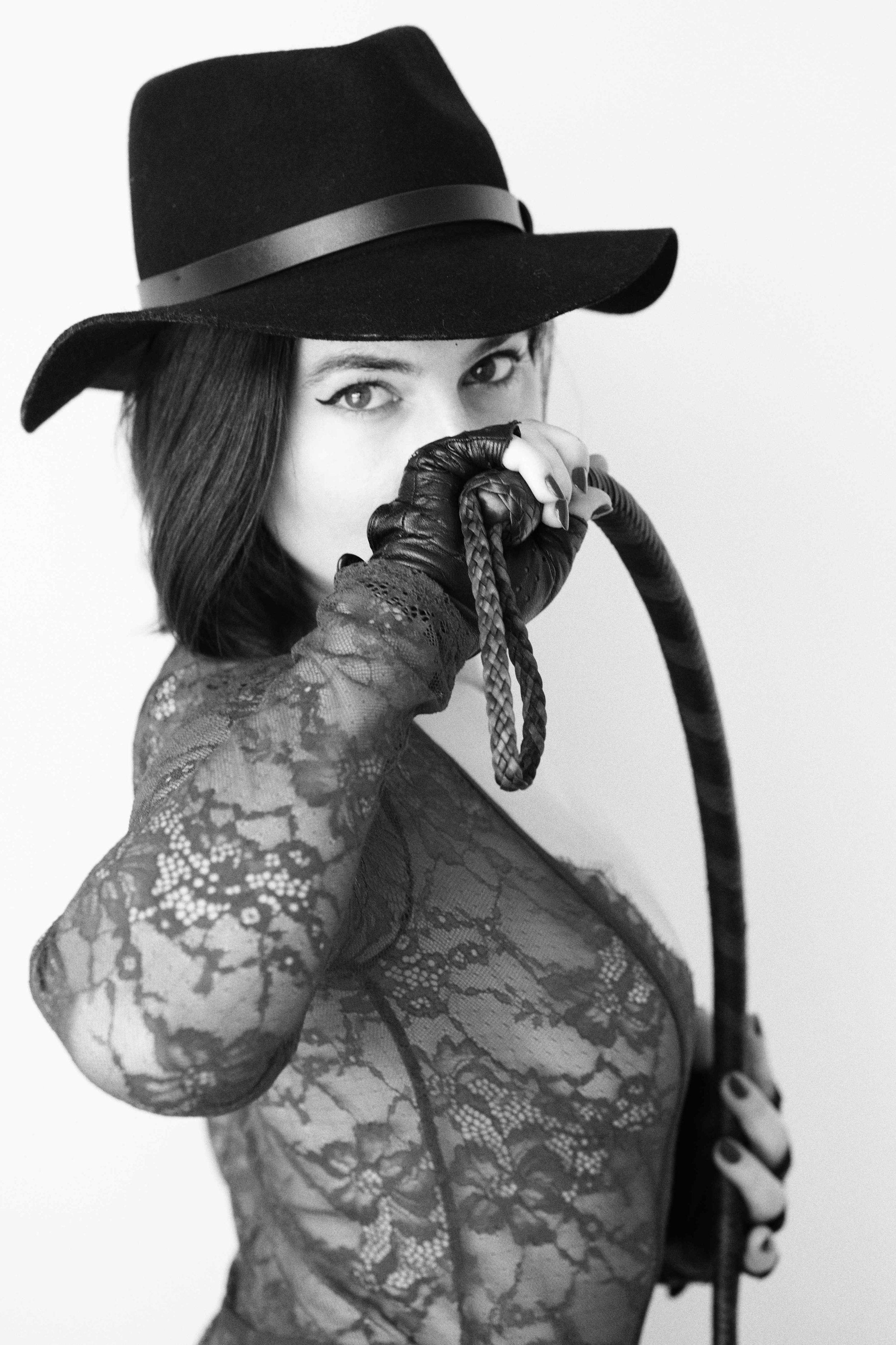 Goddess Aviva Diamond, professional and lifestyle dominatrix