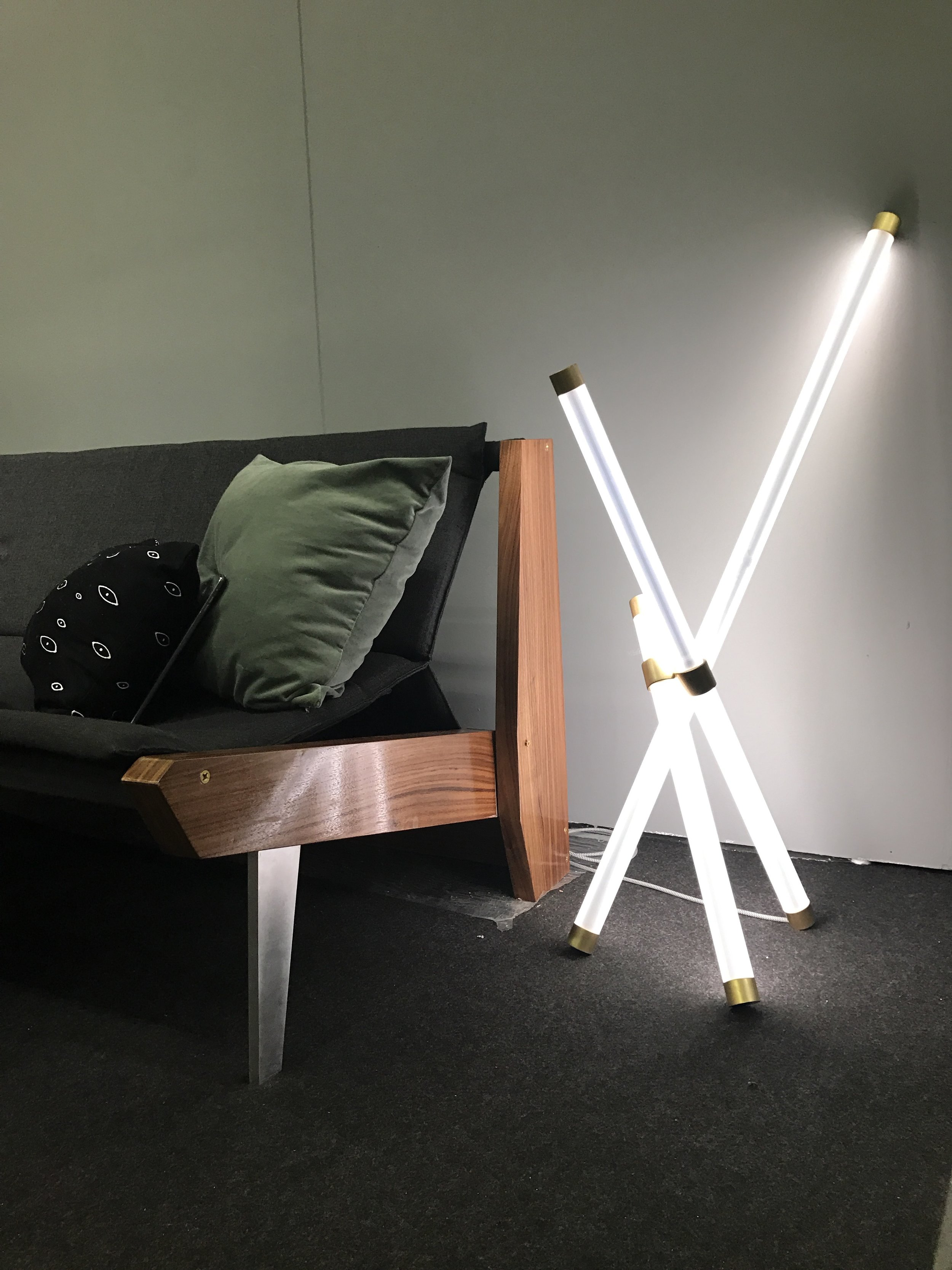 New Axis Light debut