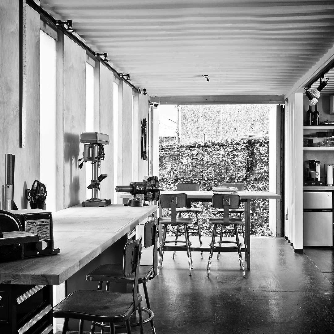 Studio_Interior02.jpg
