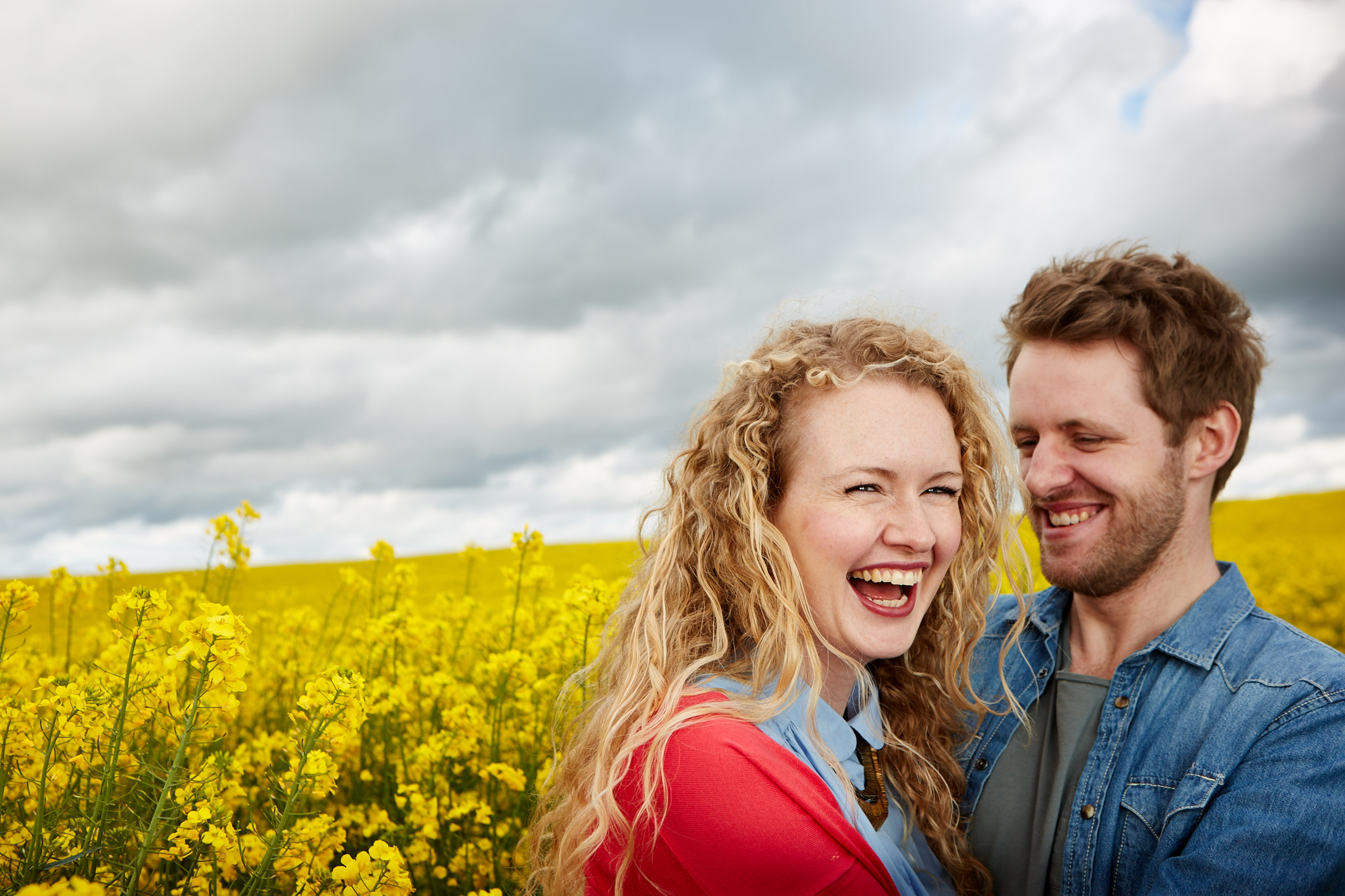 In this shoot the blue of the dress is complimented by the denim shirt. The couple felt comfortable, allowing moments like this to be captured naturally.