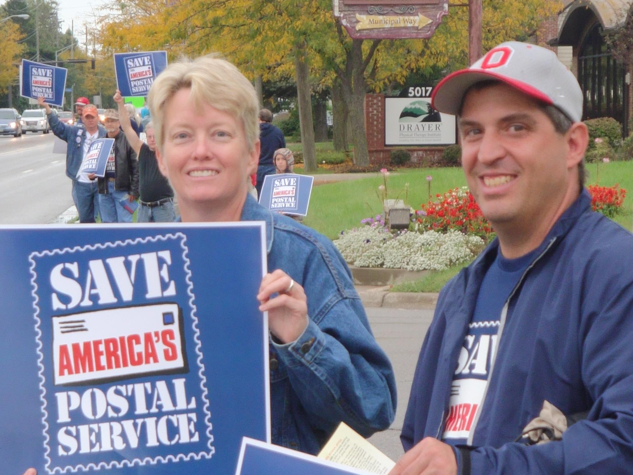 save-postal-service-rally-9-27-11-054_6301681319_o.jpg