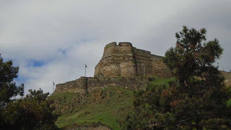 Gori Castle from below.