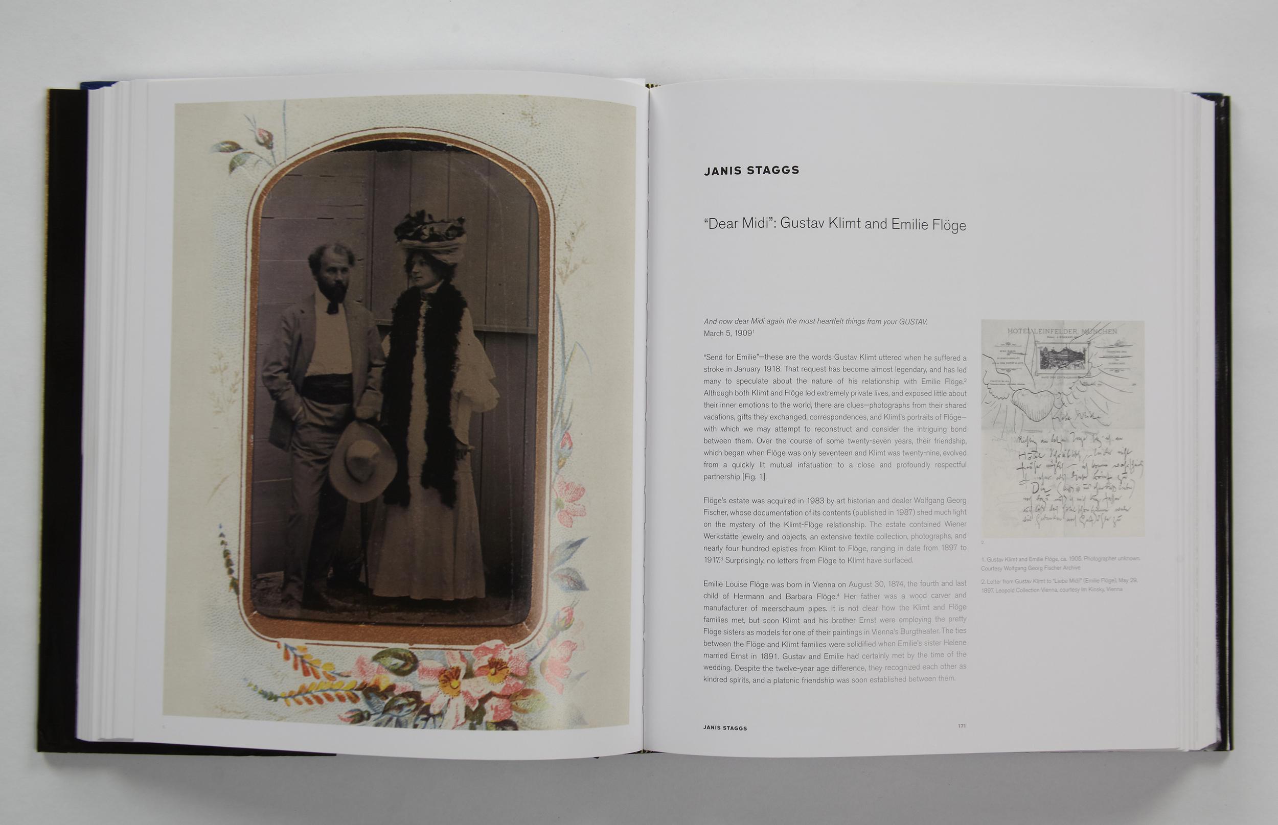 MG_Klimt_bookpost__0009_TSE_Invitations__580.jpg.jpg