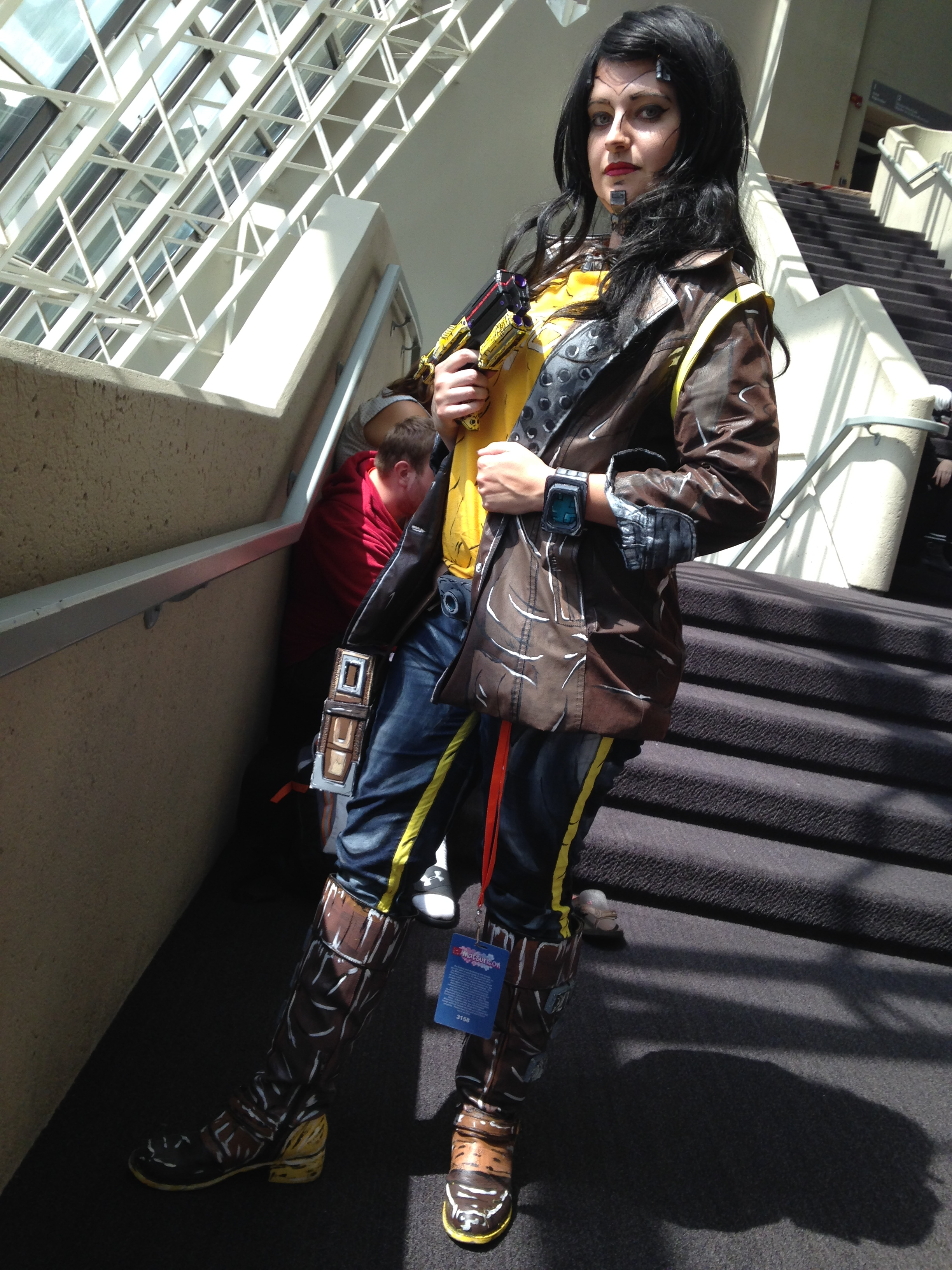 This awesome Borderlands cosplayer is the beautiful and talented  Drop Dead Meg