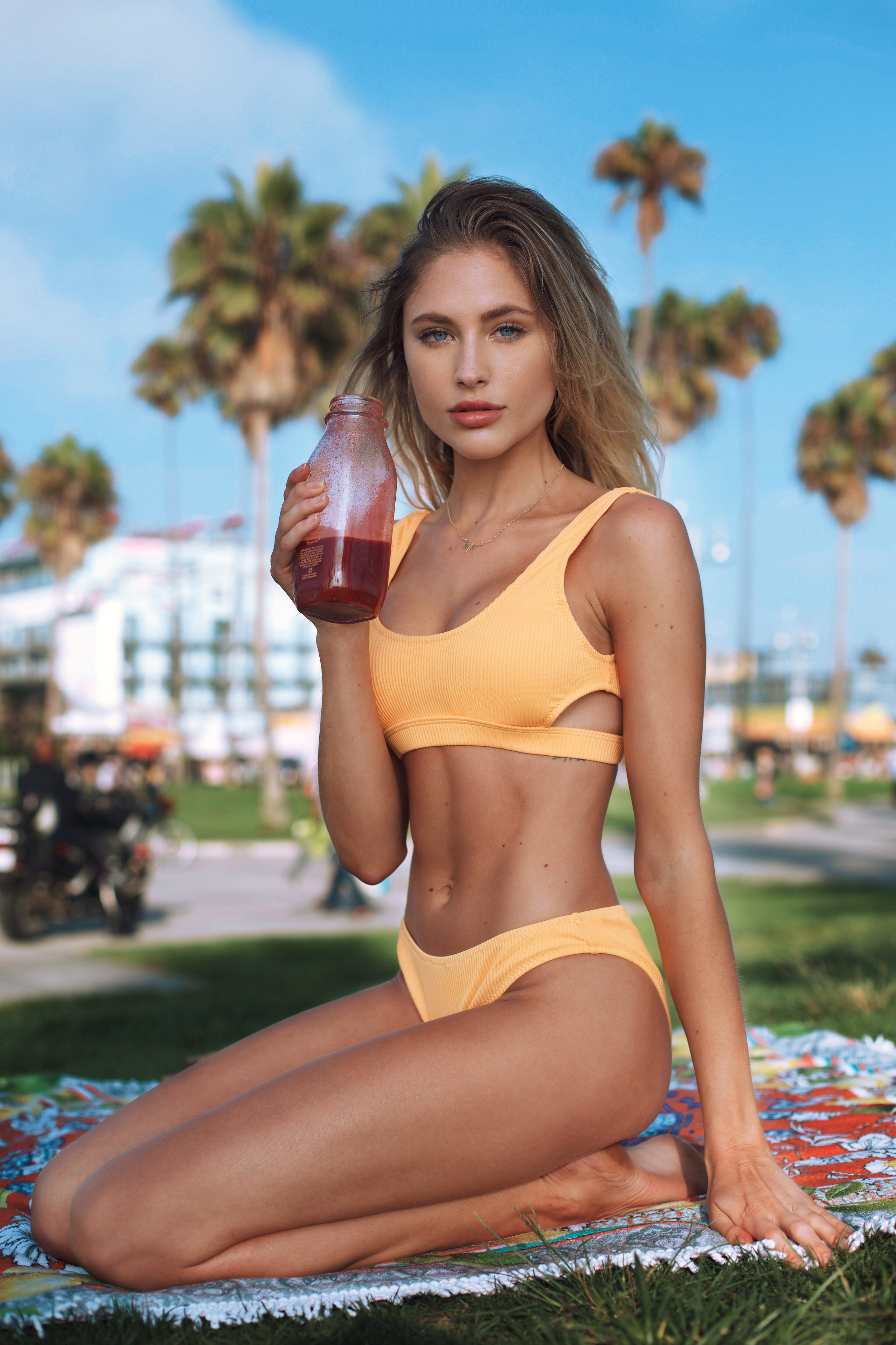 SHOP MY LOOK: Bikini:   $23 Cupshe.