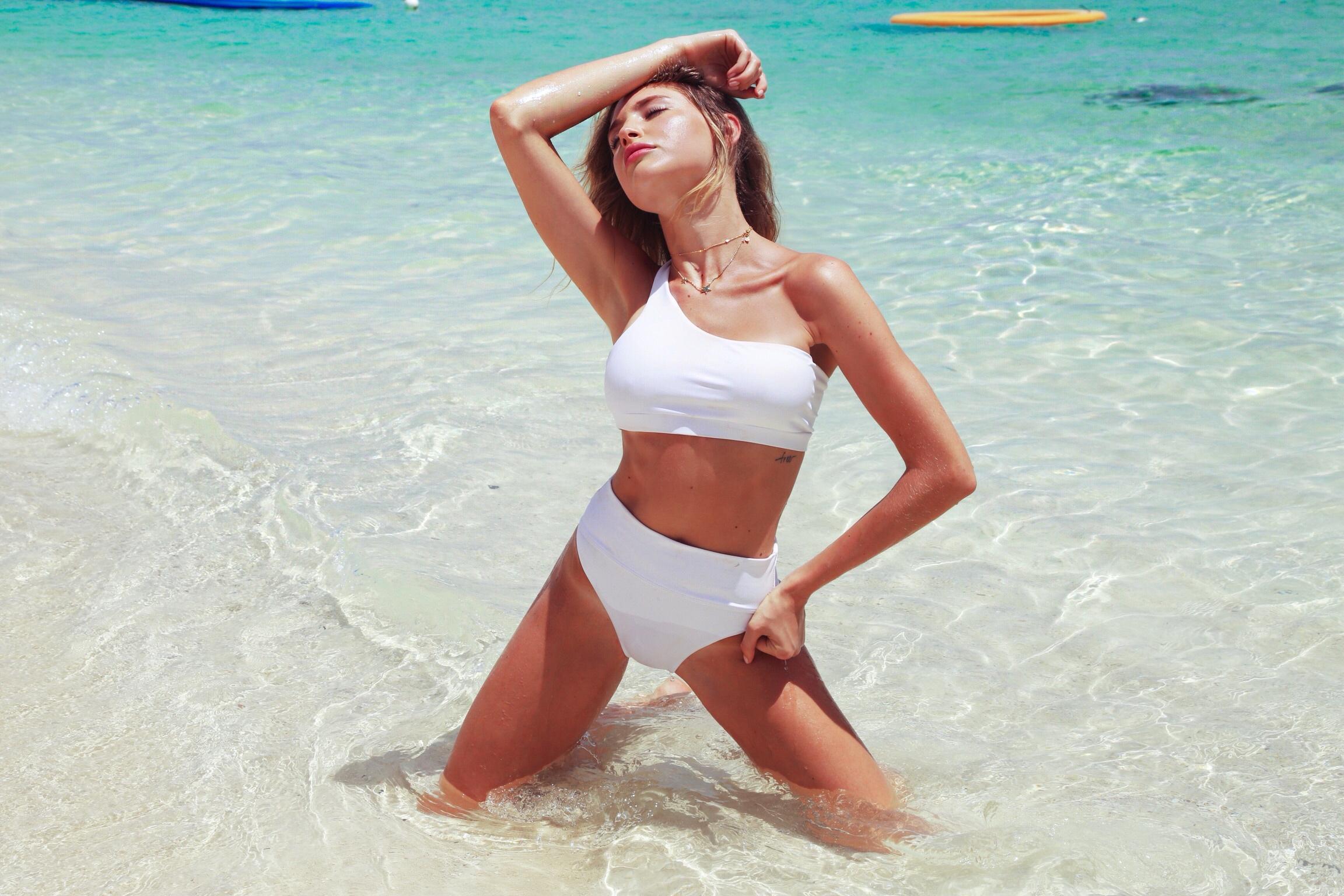 Bahamas Getaway - Newmark Models take SLS Baha Mar