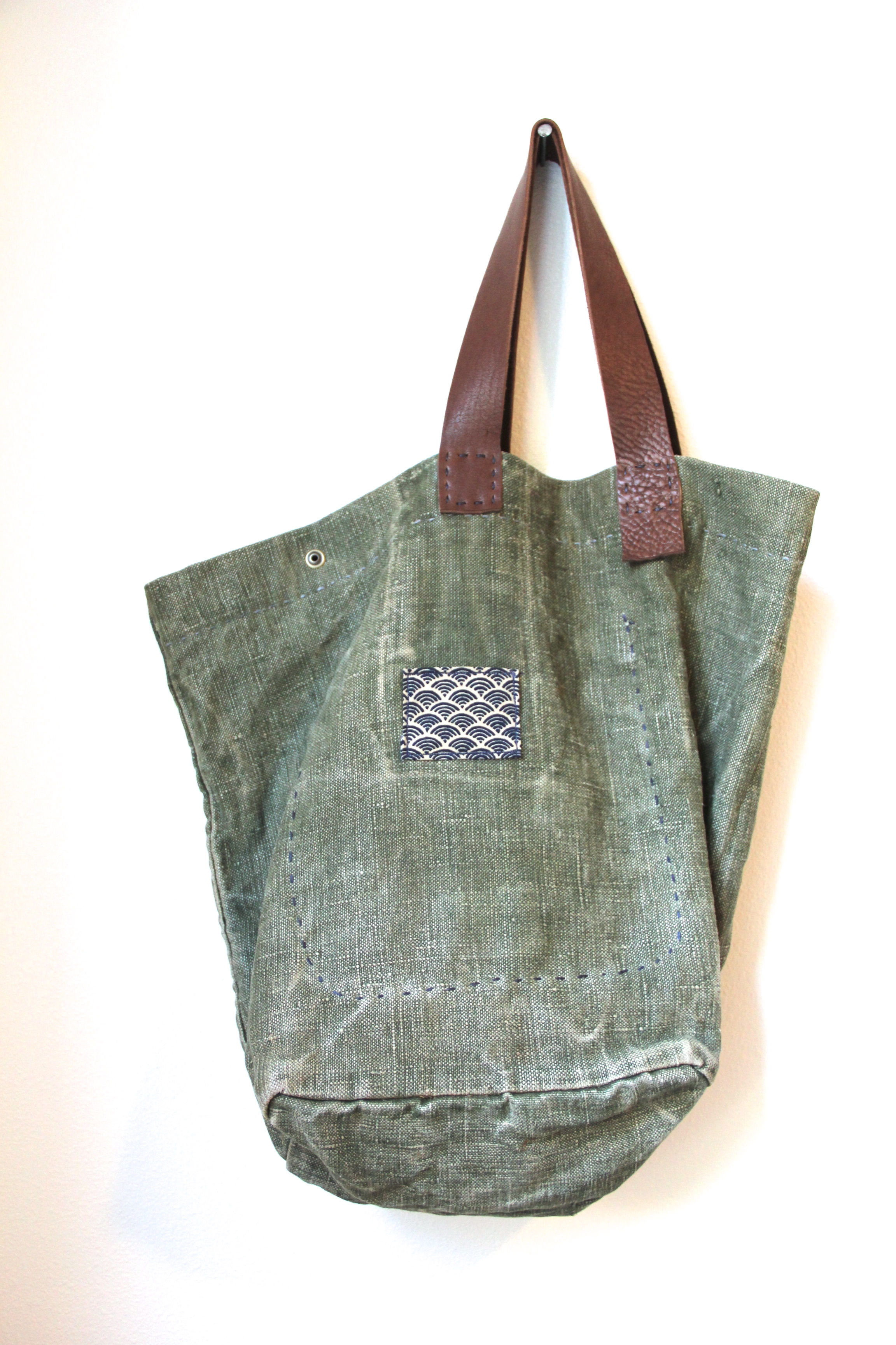 Headland Trails Tote - Back View