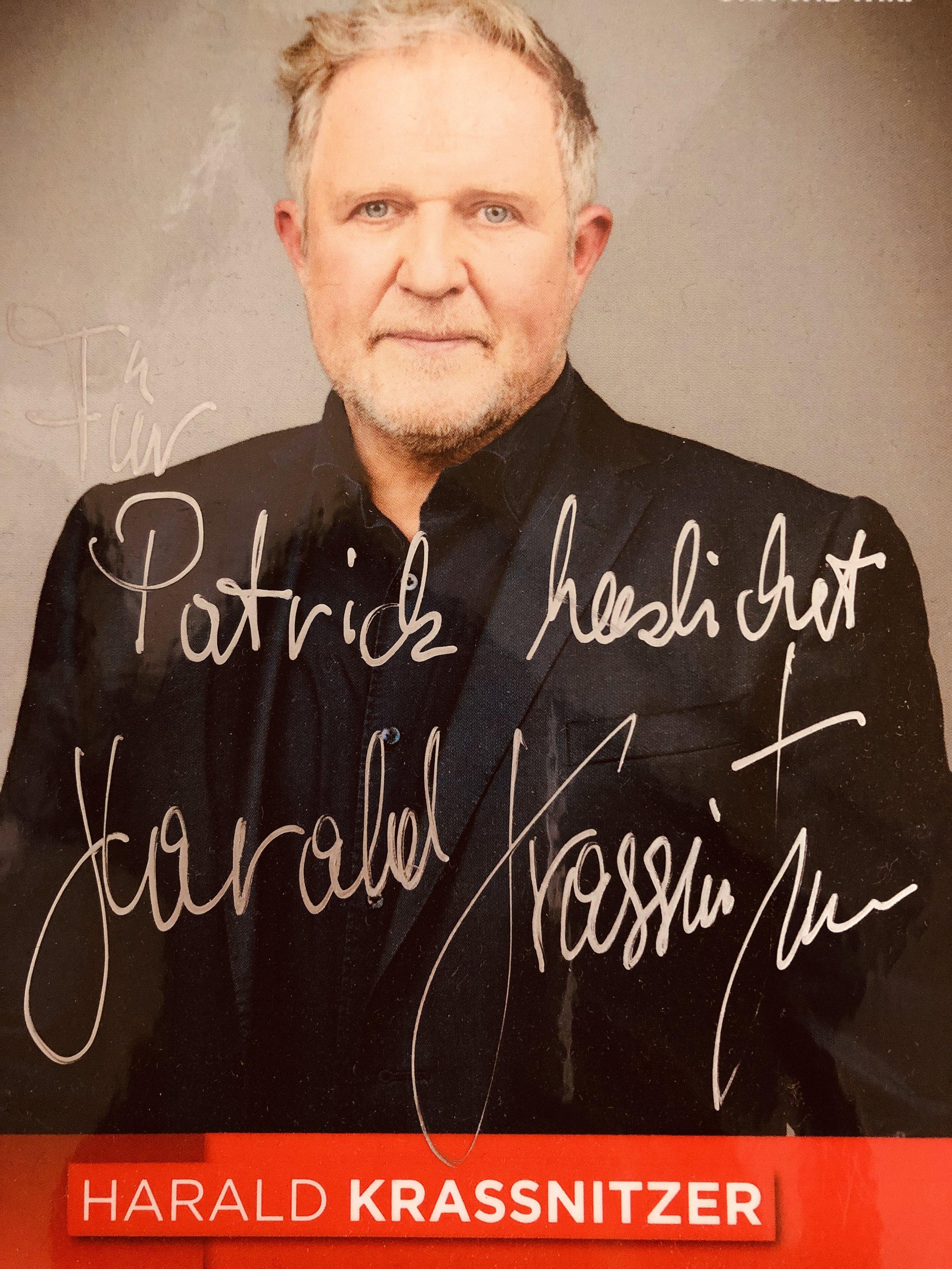 Foto: ORF. Autogramm Harald Krassnitzer für Patrick Schönberger.