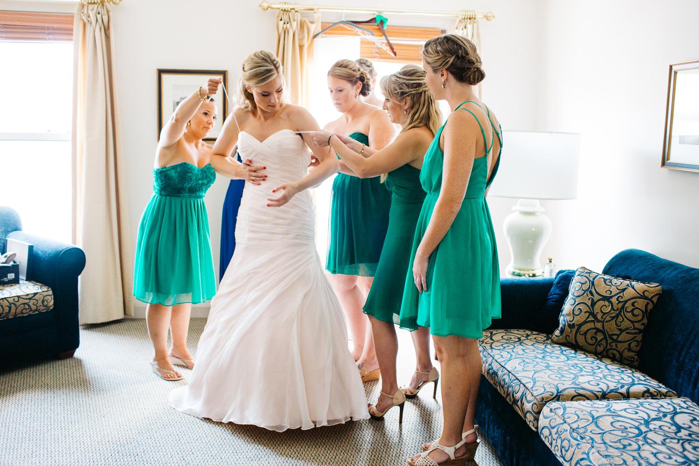 0815_colorful_nh_wedding_007.jpg