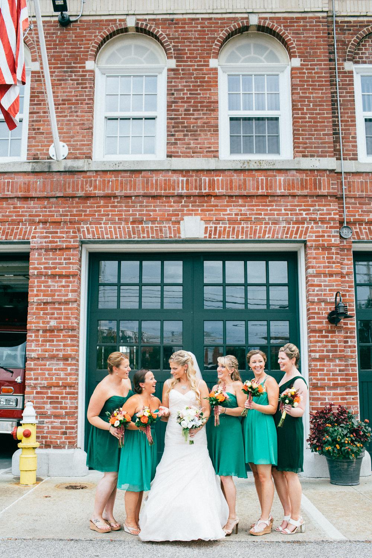 0815_colorful_nh_wedding_017.jpg