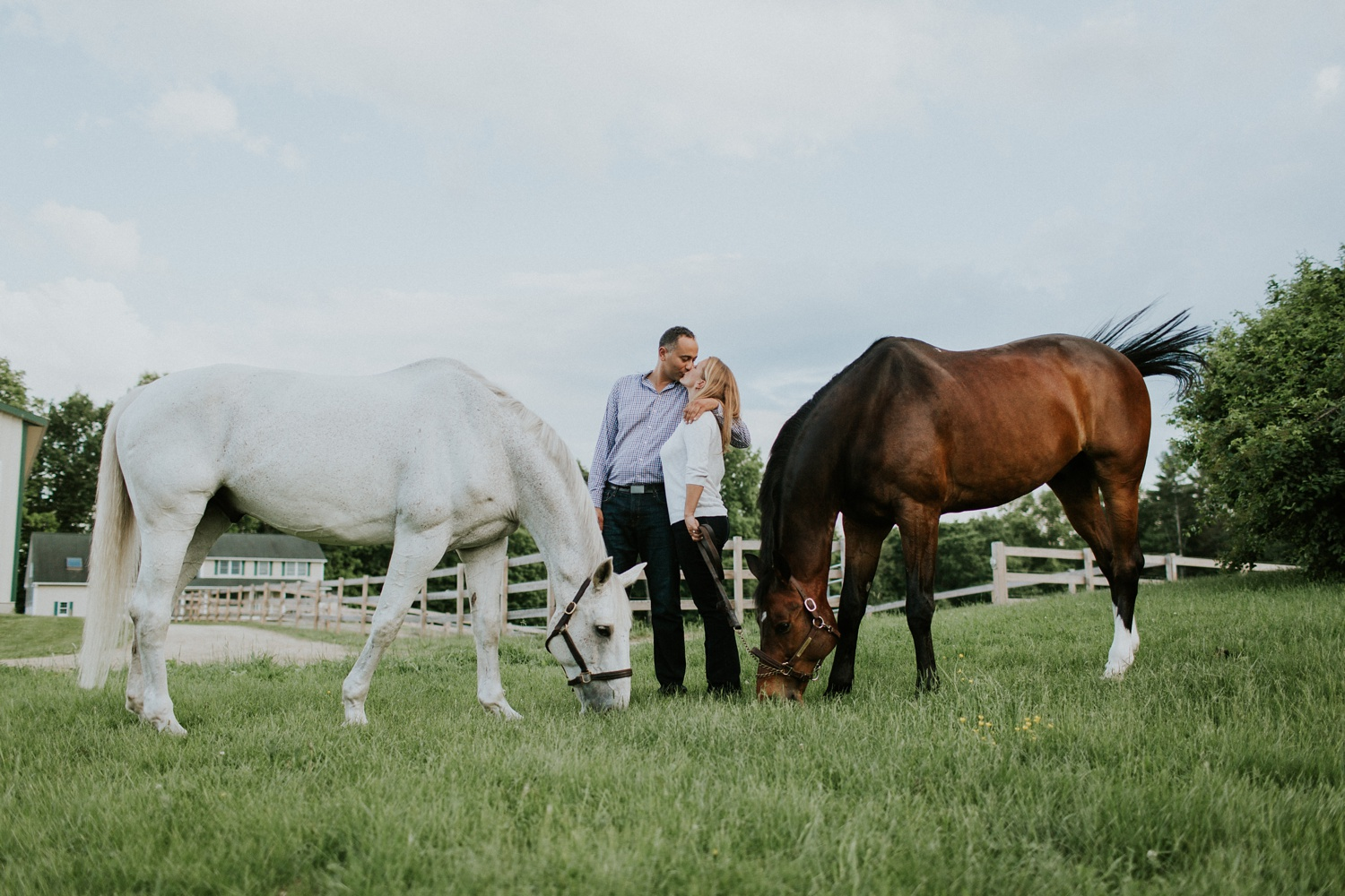 Engagement Session on a Horse Farm_0009.jpg