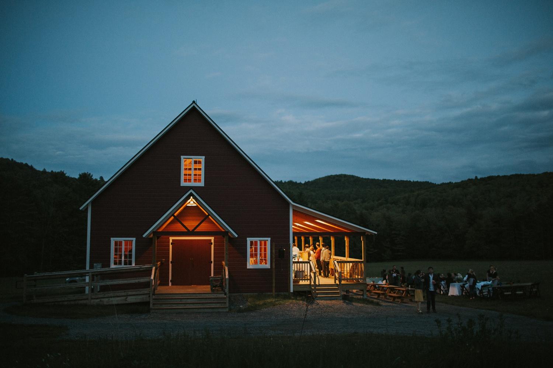 Vermont_Wedding_Photographer679.jpg
