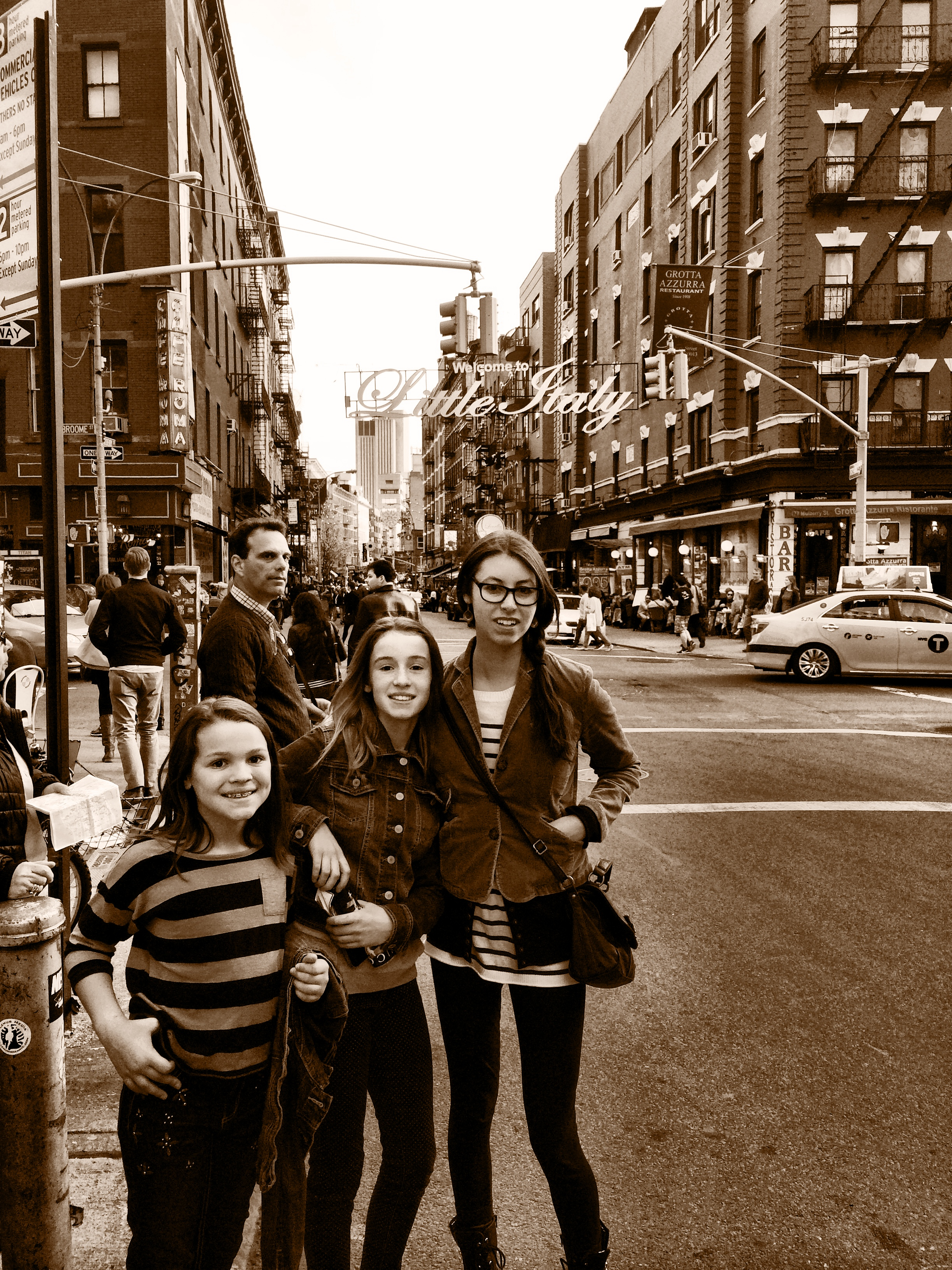 Little Italy and the Candelaria girls in NYC 2014