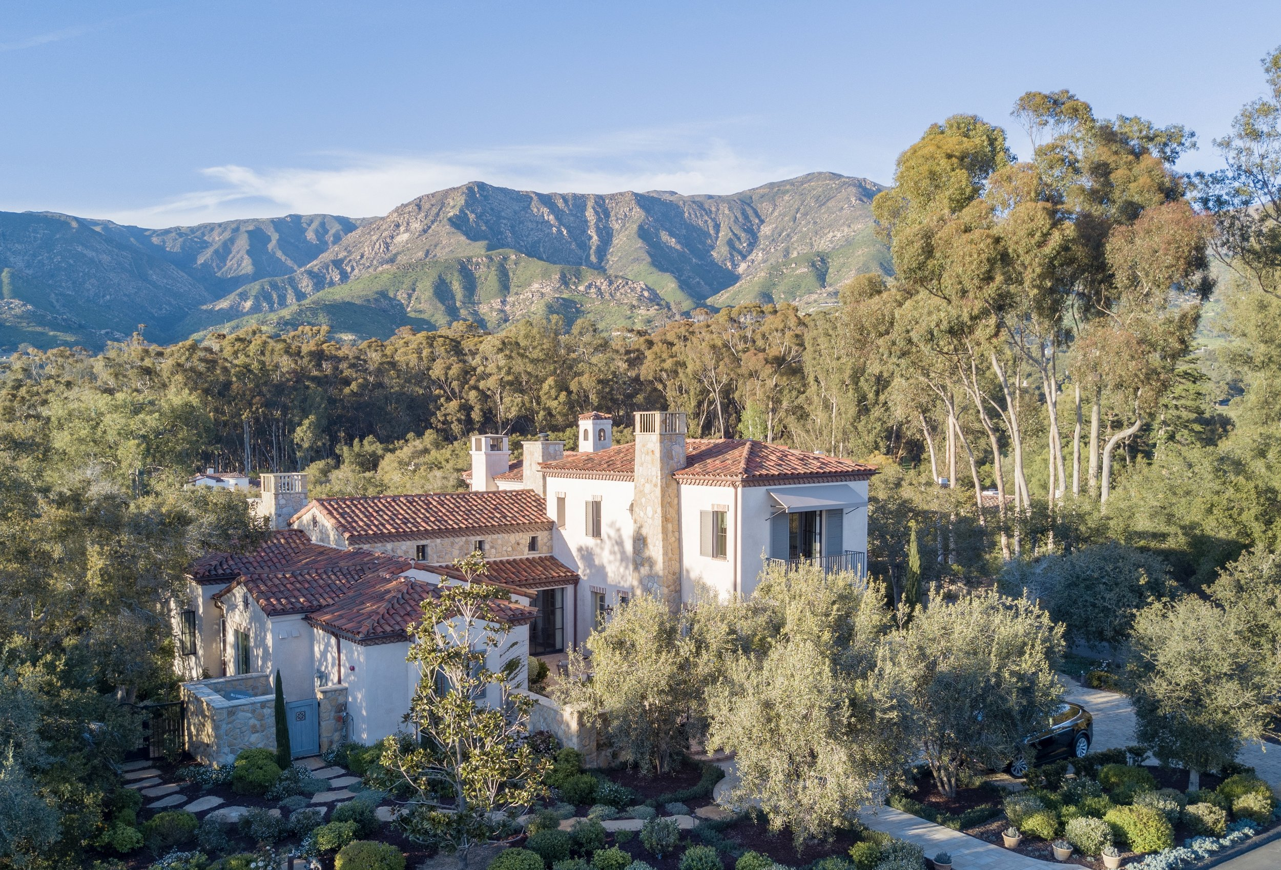 Candelaria Design home in Montecito, CA with Vallone Design